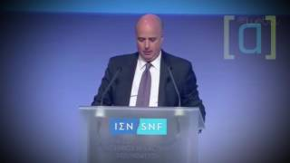 Download Ο Πρόεδρος του Ιδρύματος Σταύρος Νιάρχος διαβάζει μηνύματα πολιτών Video