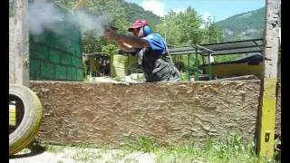 Download Glock 19 vs Caracal C - Tiro rapido difensivo. Video