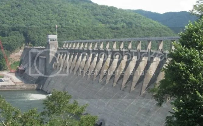 Bluestone Dam seperated into Flood Stage and Power Generation Segments