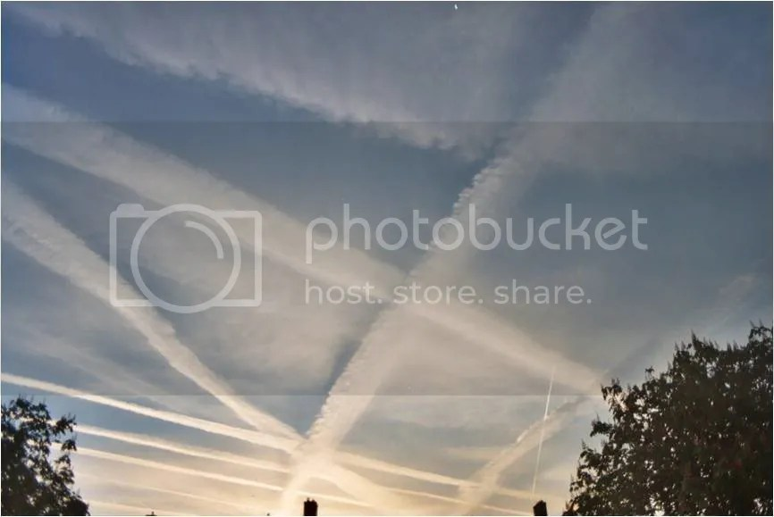Chemtrails photo: chemtrails chemtrailspic.jpg