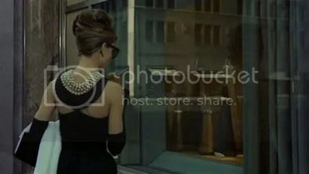 breakfast at tiffanys/bonequinha de luxo