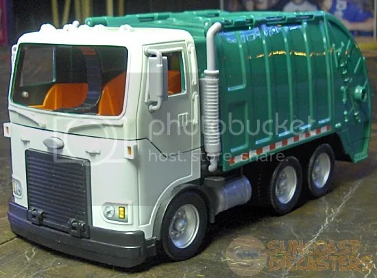 In authentic ''garbage truck'' colors, too!