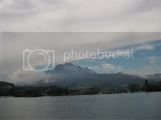 mountains by lake lucerne