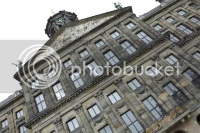 Wat een mooi en groot gebouw!! Nog nooit was ik er geweest en dat als 'Hollander'...