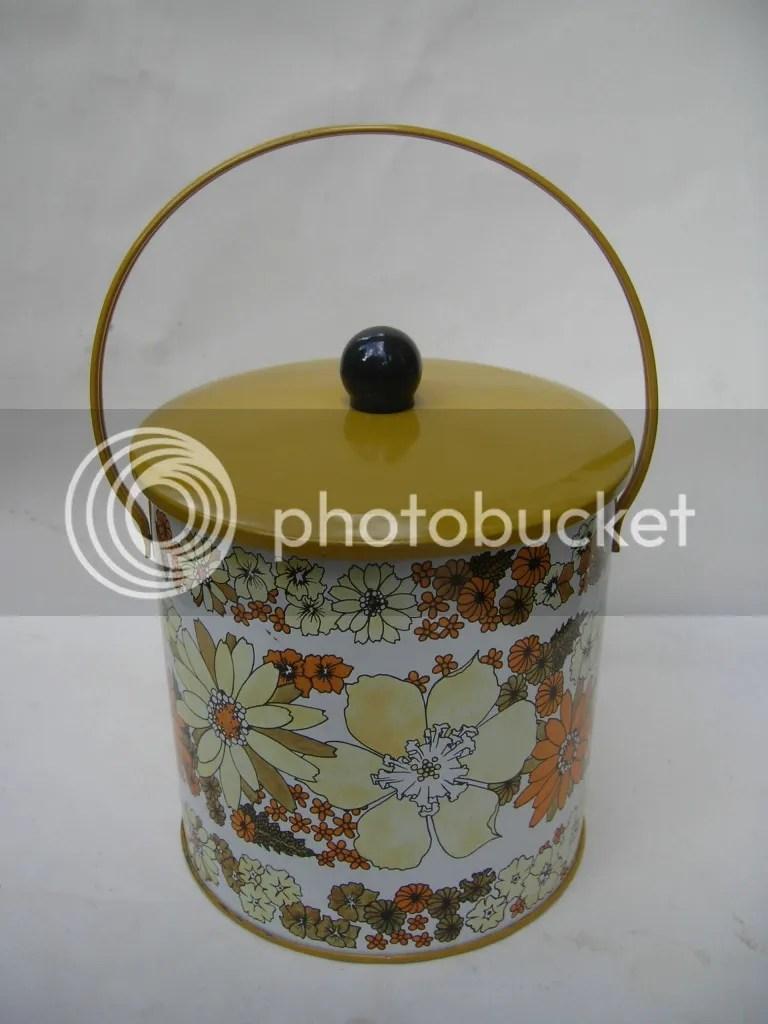 Baret Ware Vintage Biscuit Tin