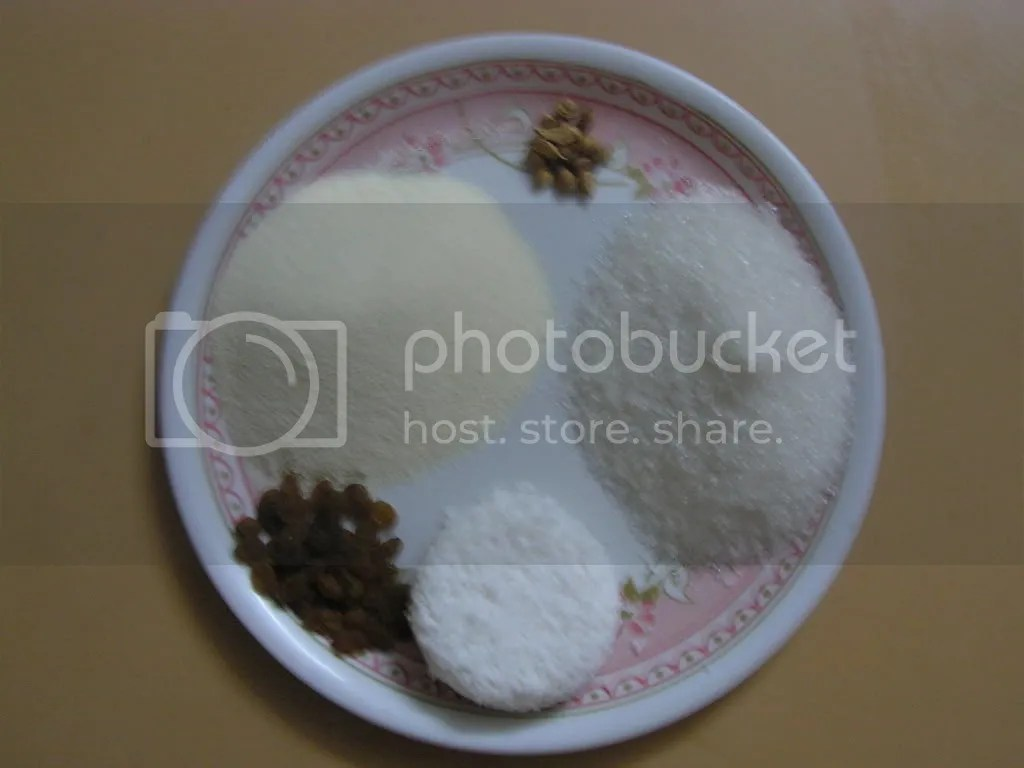 Ingredients of Rava/Semolina laddu