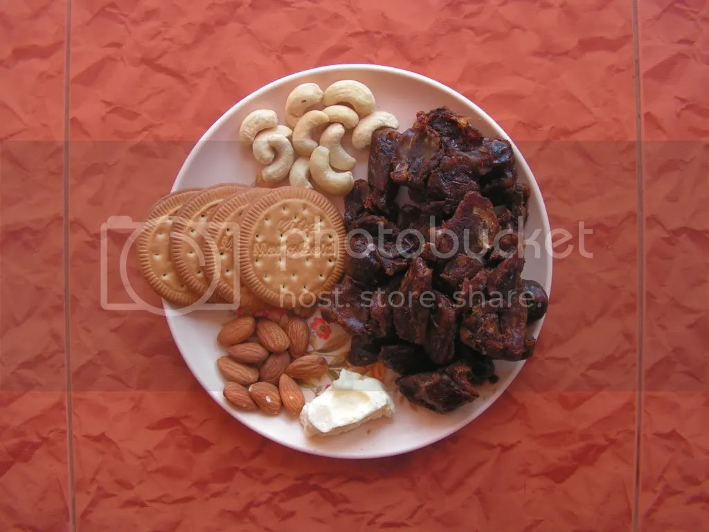 Ingredients of seedless Date Biscuit