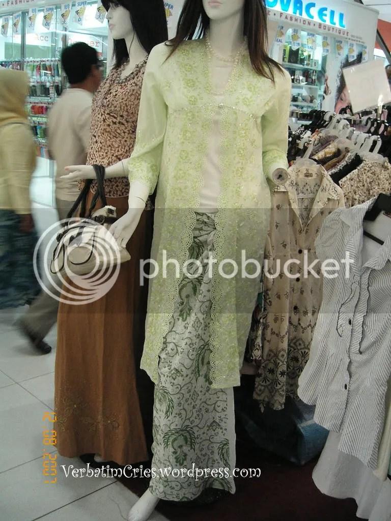 Baju Kebaya Modern Msia