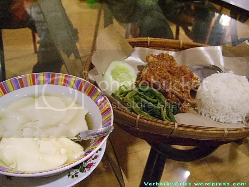 TauHwa and Ayam Plecing
