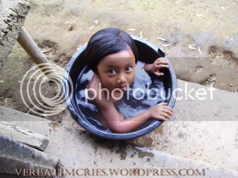 a kid's private bathtub
