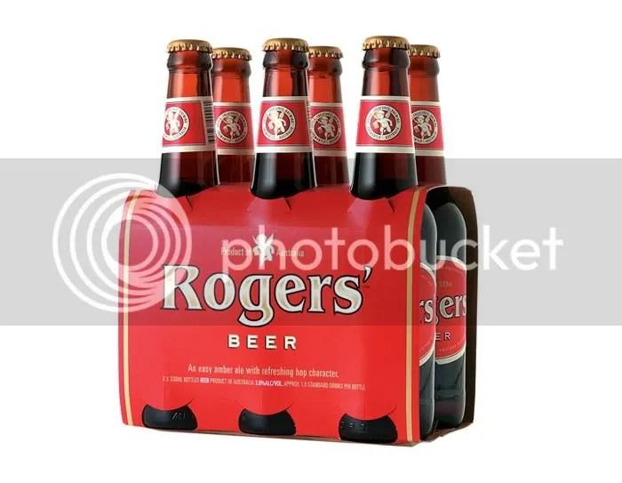 design,bottle,beer,glass,art,metal,wood,brown,red,black,bois,métal,bière,bouteille
