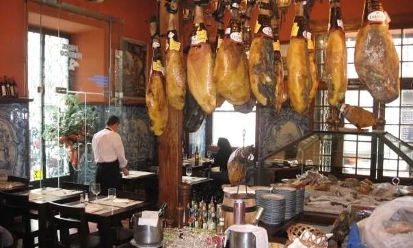 Great Lisbon restaurant. photo 158_7841143593_4438_n.jpg