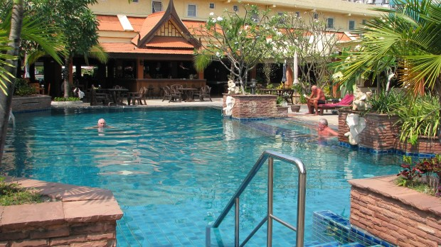 Sabai Resort Pattaya budget hotel