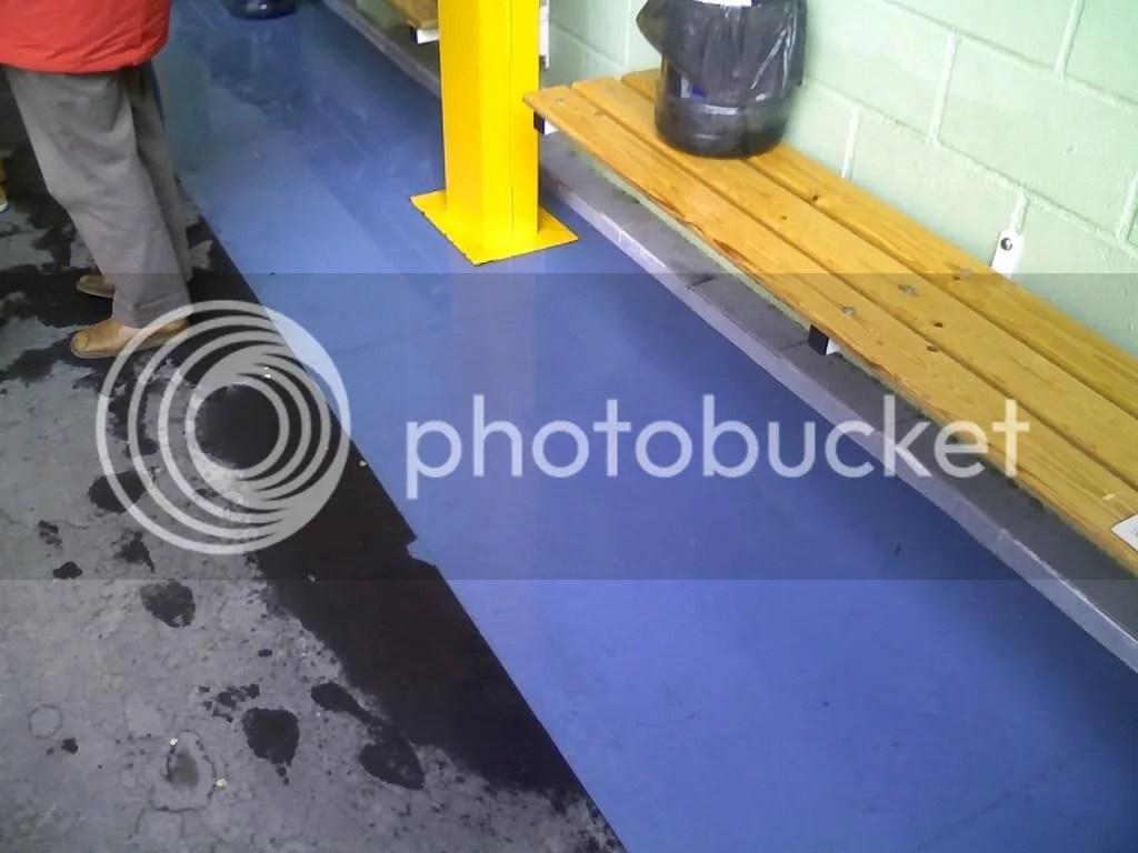 Agua en los banquillos