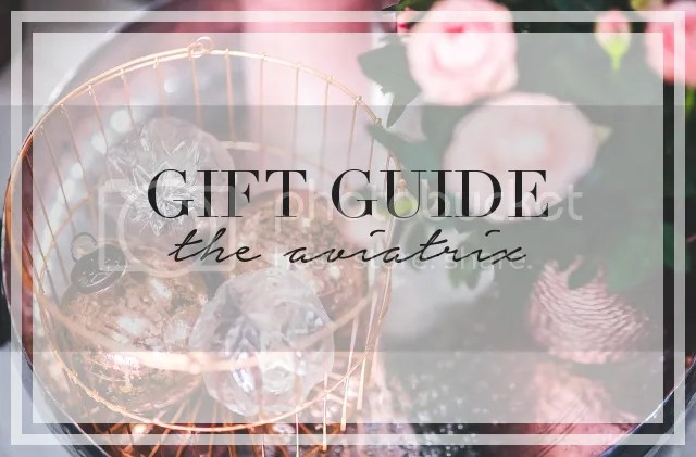 GIFT GUIDE: THE AVIATRIX by Fashion in Flight