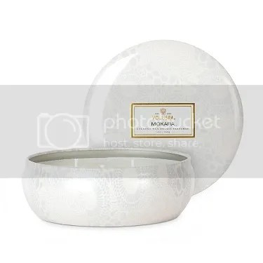 ashleigh jean blog fashion in flight gift guide holiday voluspa mokara japonica candle anthropolgie
