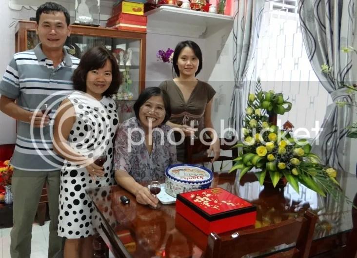 Hong Van, Quang Yen, Mai ( vo Quang Yen ) rc;n và Mai photo DSC00736_zpsf17d2021.jpg