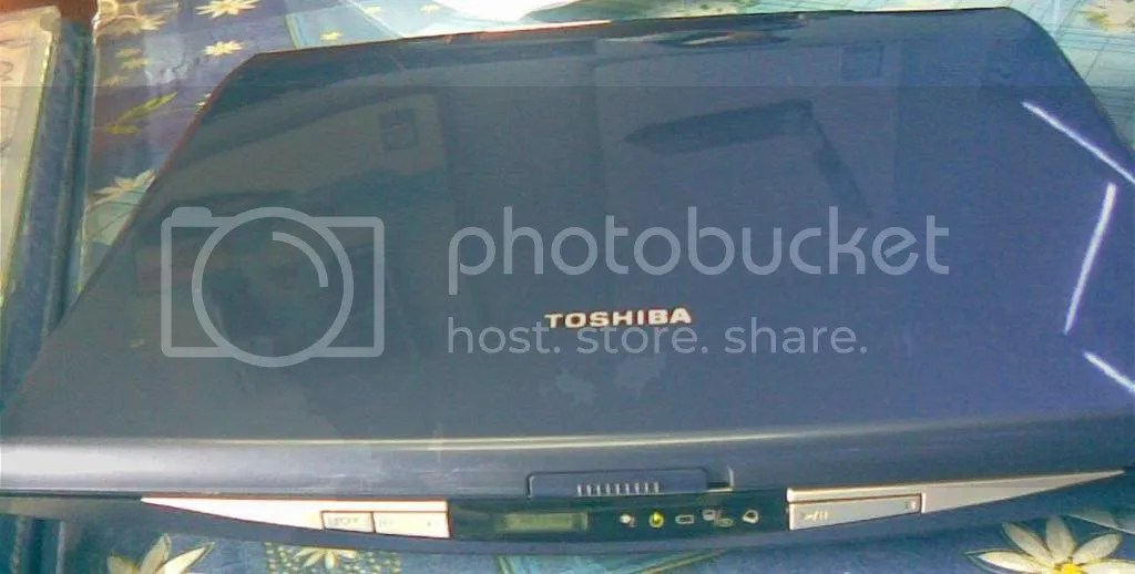 Toshiba_Satellite_5200_02