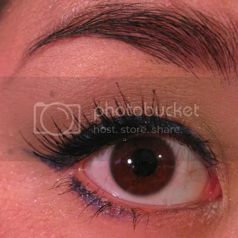montreal canadiens makeup,blue eye liner,red lip,warmvanillasugar0823