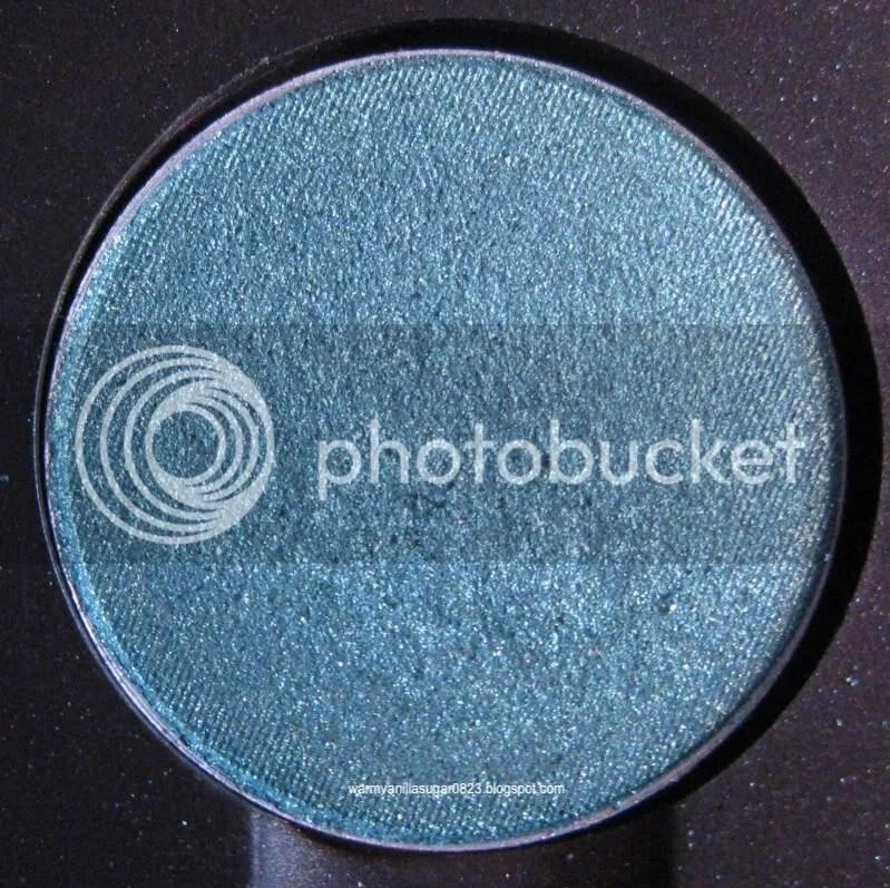 Mac Cosmetics Swatches,Mac Shimmermoss Eye Shadow