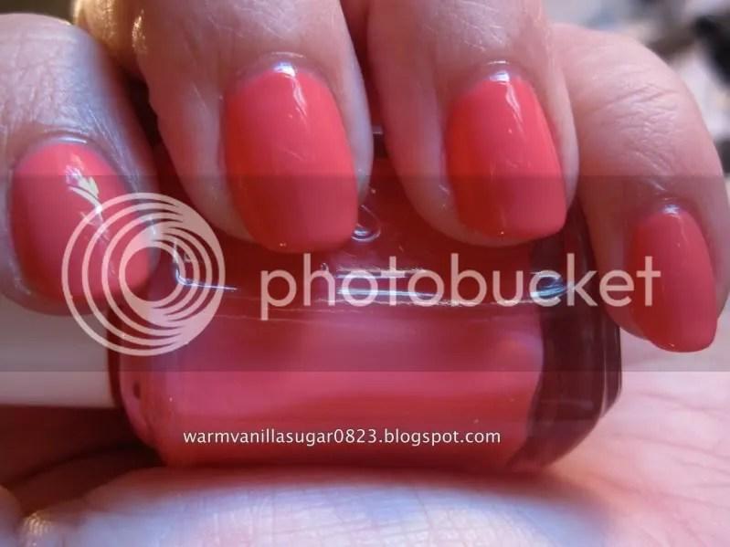 Essie Cute As A Button,warmvanillasugar0823