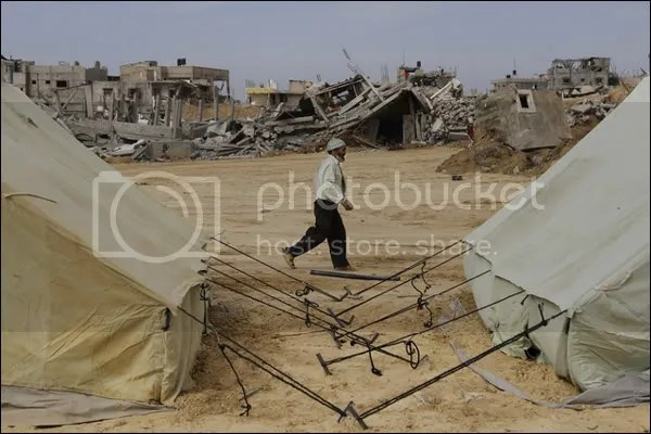 _45421977_tents4.jpg picture by elhanem