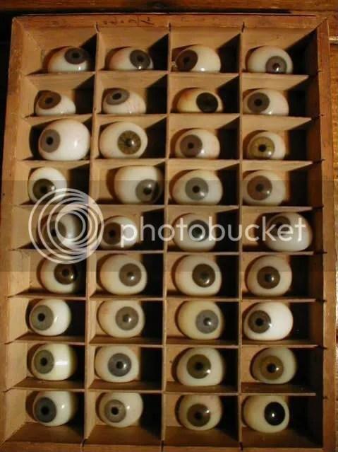 i among eye