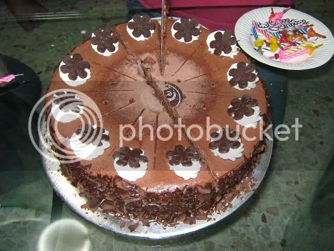 Tuffles Cake at Prima Deli.