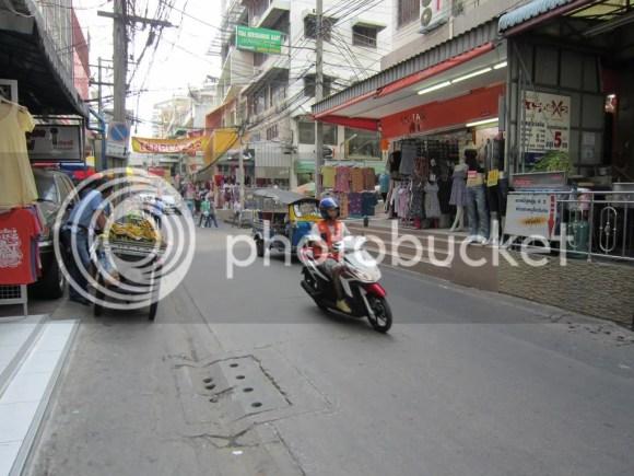 Petchaburi Soi 19