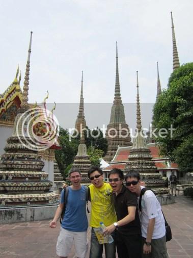 Guys at Wat Pho
