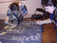 Las chicas dibujando1