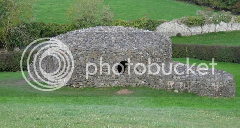 One of the many satellite tombs near Newgrange.