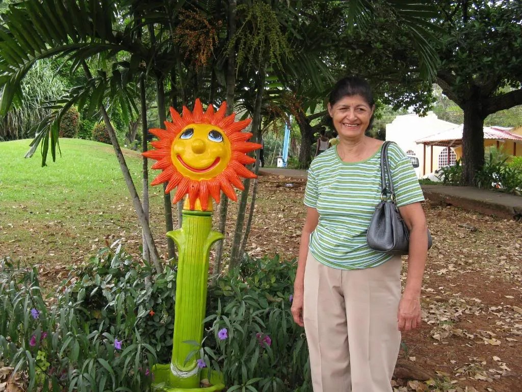 This is my wife Aura, my wife for 29 years and the first sunshine in my life.