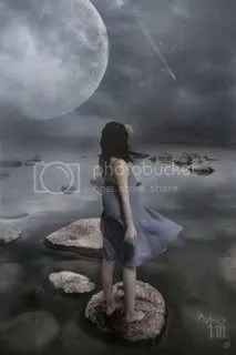 moon girl solitary Pictures, Images and Photos