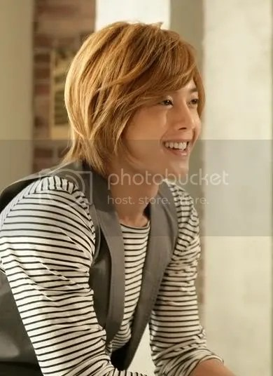 Model Gaya Rambut Pria Cowok Korea Kim Hyun Joong Hairstyles - Gaya rambut ala girlband korea