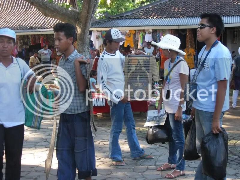 bocah penjual kaligrafi 2
