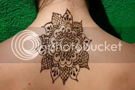 And I really like henna tattoos ring flowers toe toe henna tattoos