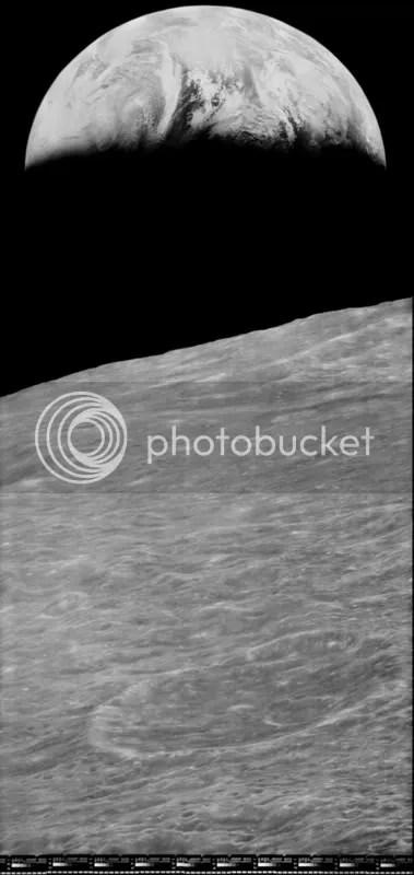 Lunar Orbiter1 Earthrise