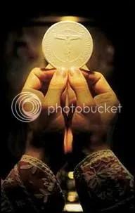 celebrant eucharist photo: eucharist holy_eucharist.jpg