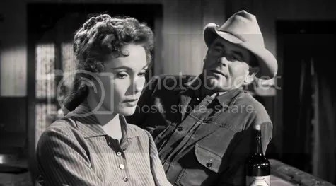 As long as she has green eyes - Felicia Farr and Glenn Ford