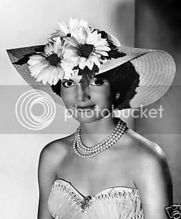 Friday Fashion: Mid Century Fashion Icon – Jackie Kennedy | The