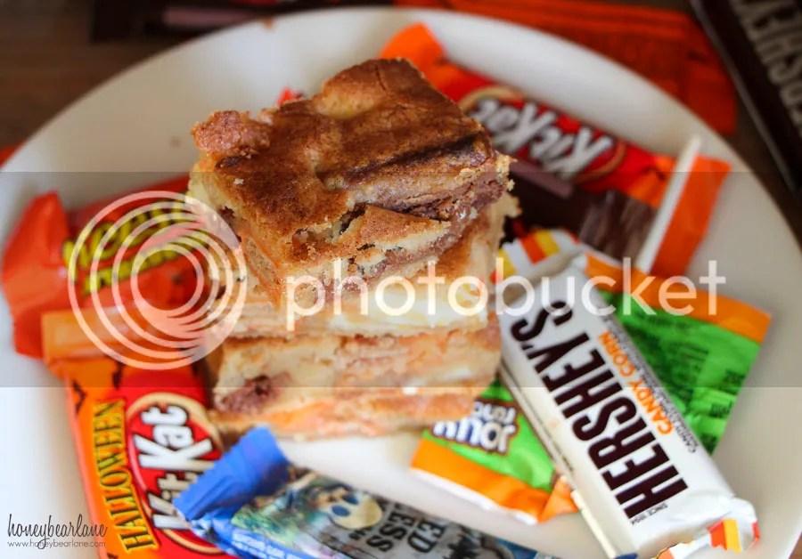 photo halloween candy blondies_zps4mddv3b1.jpg