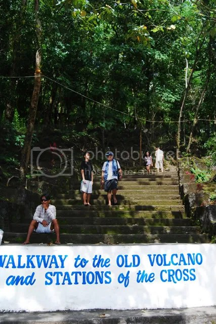 Walkway to Old Volcano