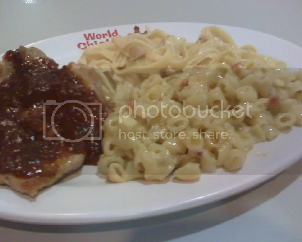 Chicken with Barbecue Ranch sauce, Fettuccine and Macaroni Salad