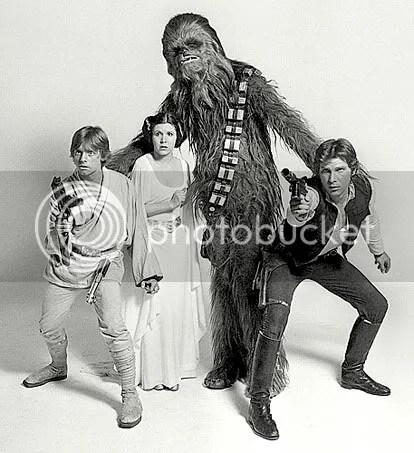 Um quarteto inesquecível: Skywalker, Leia, Chewy e Han Solo - CLIQUE AQUI PARA AMPLIAR ESTA FOTO EM BOA RESOLUÇÃO