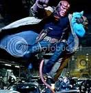 Hellboy protege o bebê - CLIQUE PARA AMPLIAR ESTA FOTO