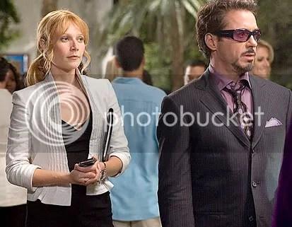 Robert Downey Jr. é Tony Stark e Gwyneth Paltrow sua fiel assistente Pepper Potts - CLIQUE AQUI PARA AMPLIAR ESTA FOTO EM BOA RESOLUÇÃO