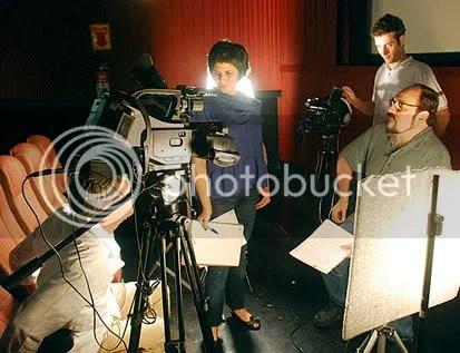 Andrea, Sérgio (encoberto) e Rubens durante intervalo da gravação das entrevistas. CLIQUE AQUI PARA AMPLIAR ESTA FOTO EM BOA RESOLUÇÃO