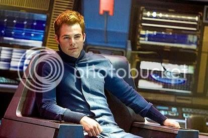 Chris Pine é James T. Kirk - CLIQUE AQUI PARA AMPLIAR ESTA FOTO EM BOA RESOLUÇÃO