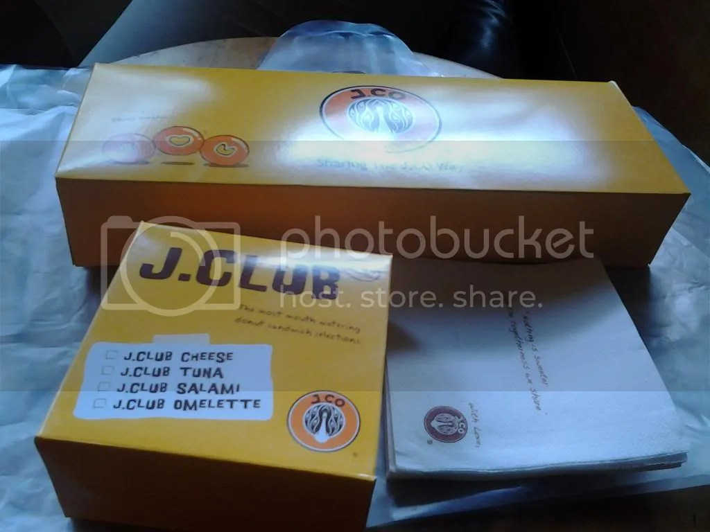 Packaging J.CO Donuts